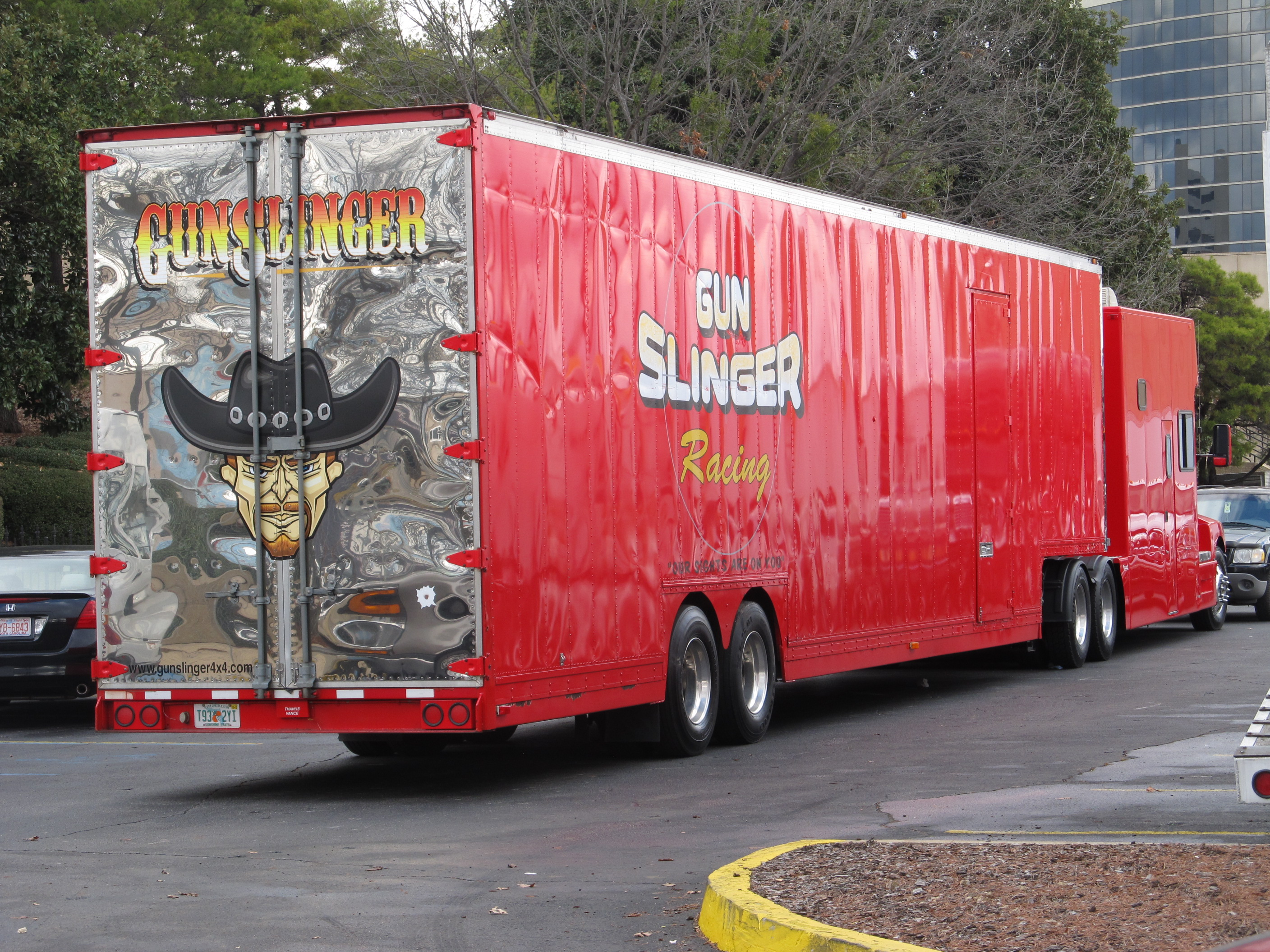 red giant truck - photo #9